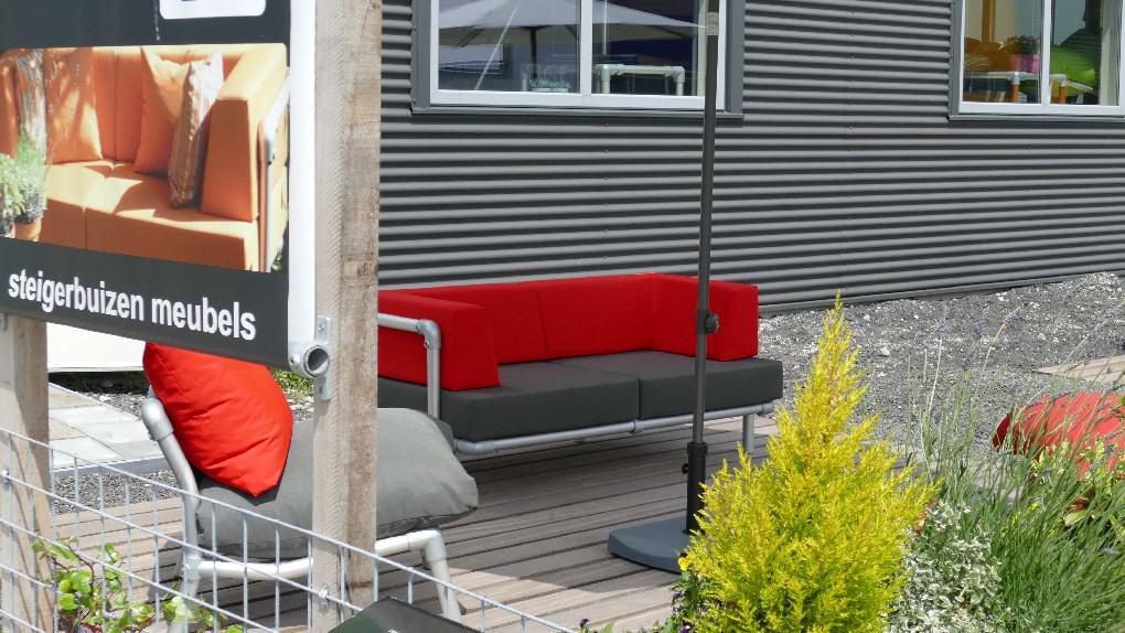 steigerbuizen loungemeubels voor buiten op het terras