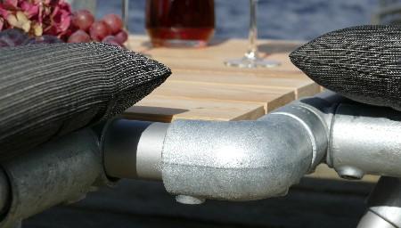 koppelstukken voor steigerbuizen meubels